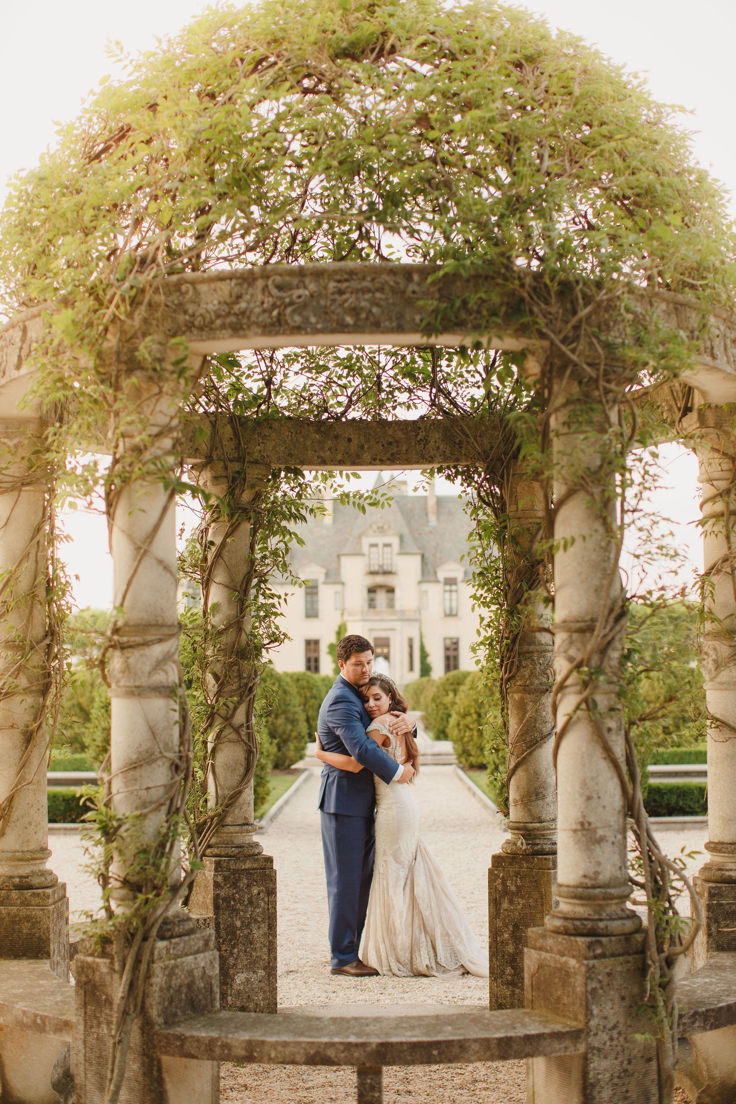 Pin By Oheka Castle On Oheka Castle Wedding Inspiration In 2020 Castle Wedding Inspiration Oheka Castle Fairytale Wedding Theme