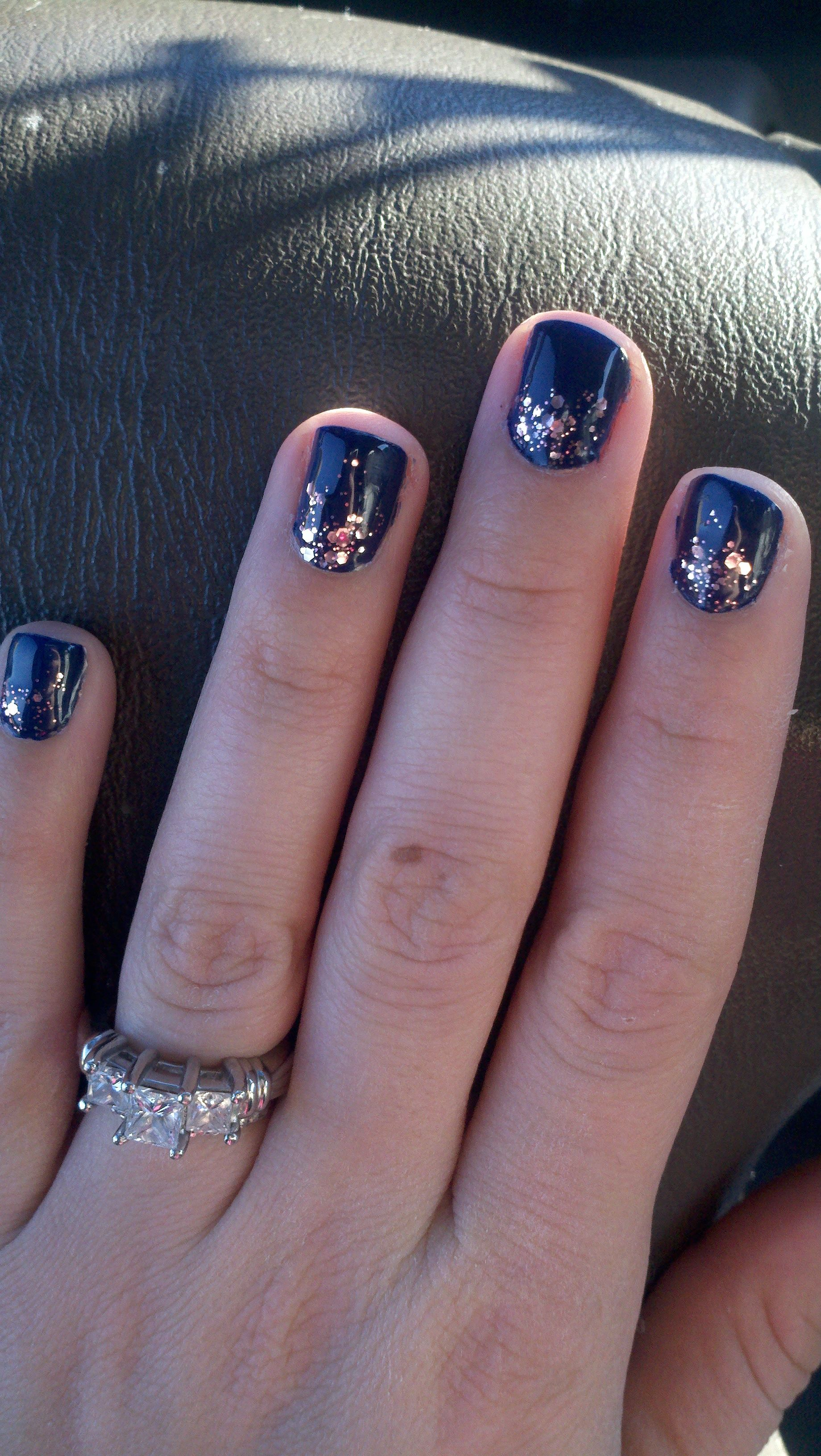 Week two Navy with Essie Pink Sparkle Lux Effects 1 . Gel primor ...
