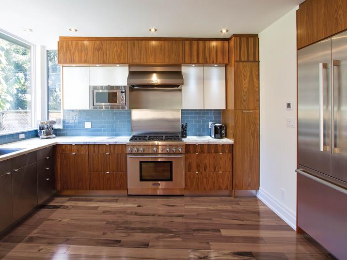Aya Kitchens Canadian Kitchen And Bath Cabinetry Manufacturer Kitchen Design Professionals Manhattan C Professional Kitchen Design Kitchen Design Kitchen