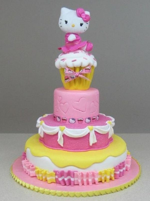 Hello Kitty Cake. This is SOOOOO going to be a cake idea 4 my hello kitty party in spring.