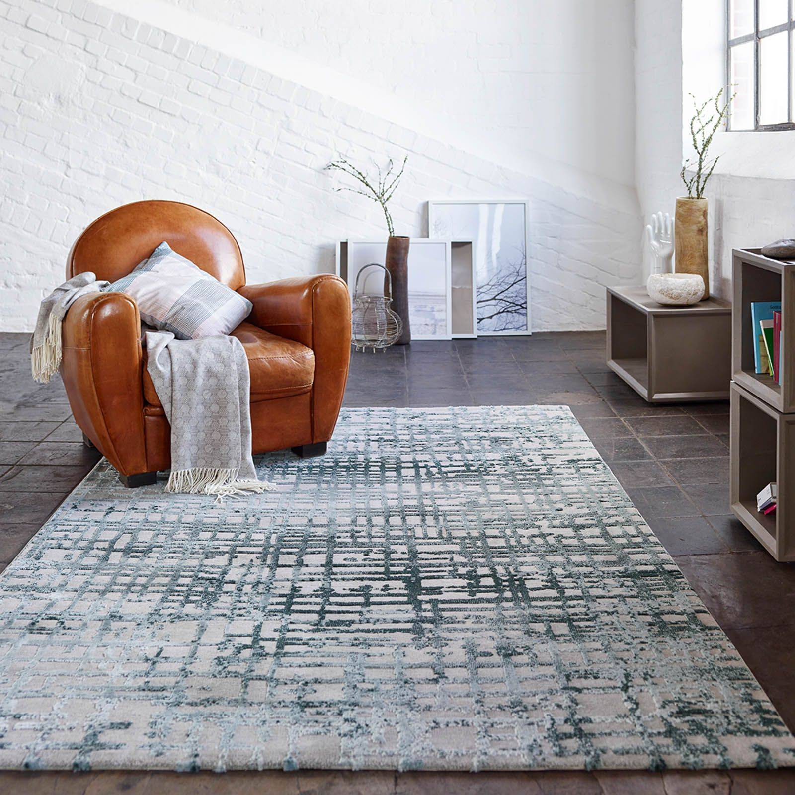 Velvet Grid Rugs 3385 953 By Esprit In Petrol Blue And Taupe Modern Rugs Uk Taupe Rug Blue Rug