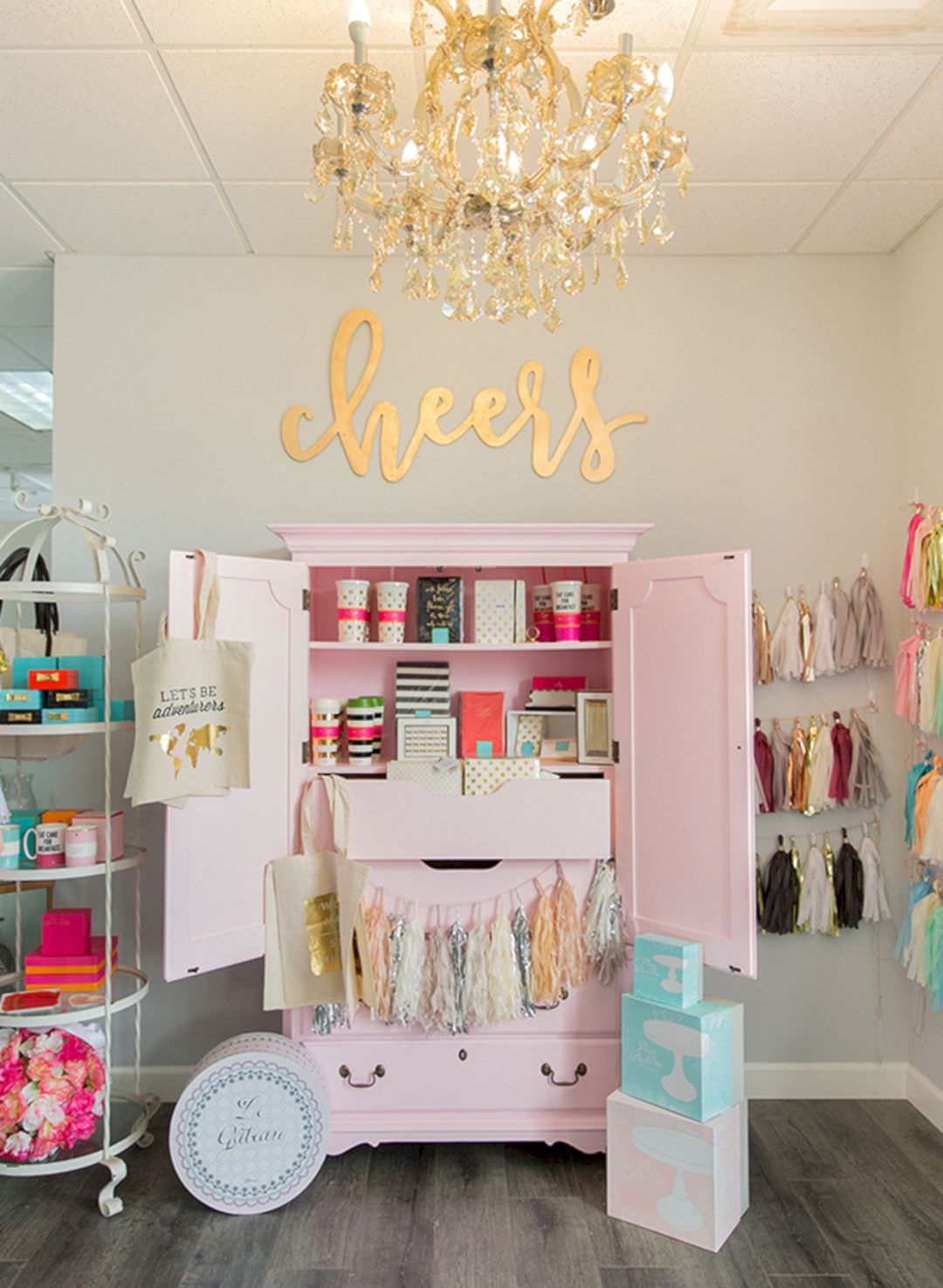 Design der vorderseite des hauses best  clothing boutique interior design ideas you need to try