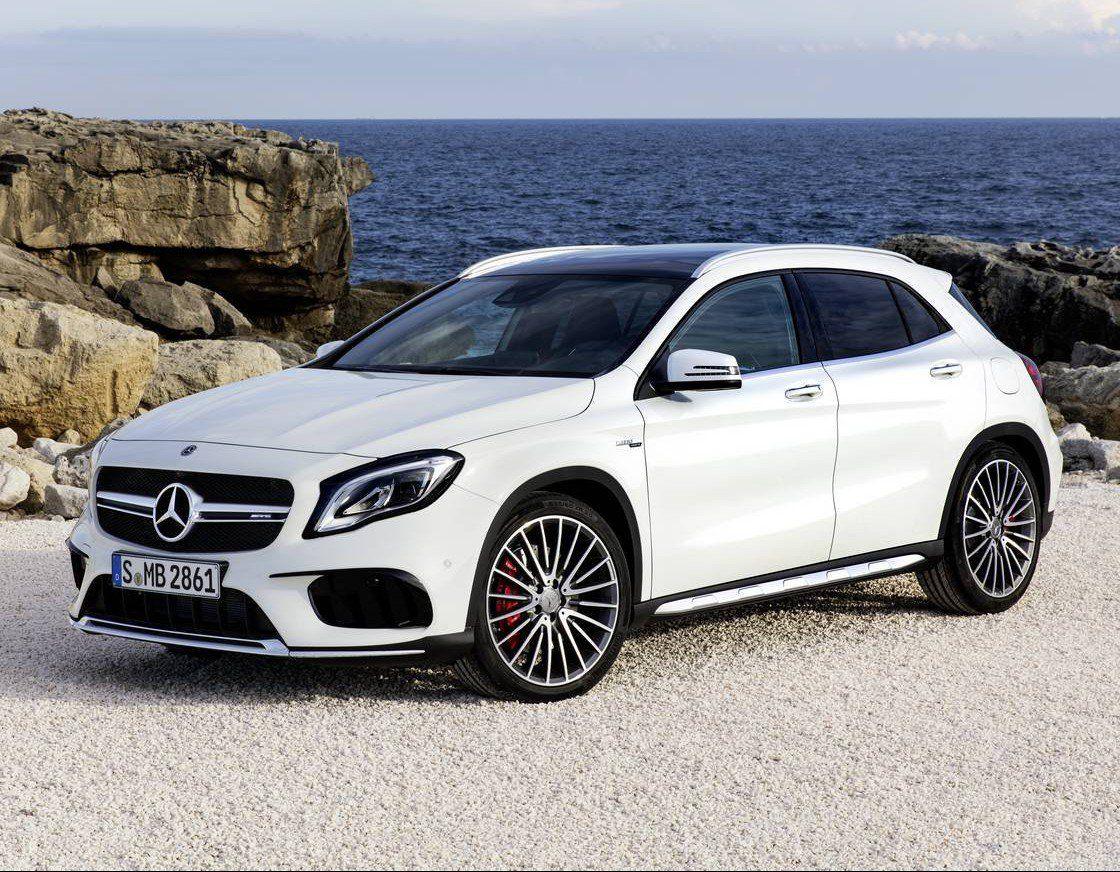 ficial 2018 Mercedes AMG GLA 45
