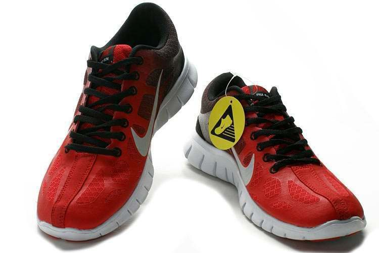new products d2ad6 7bb1e Nike Free Run +3 Red Black White  Red  Womens  Sneakers