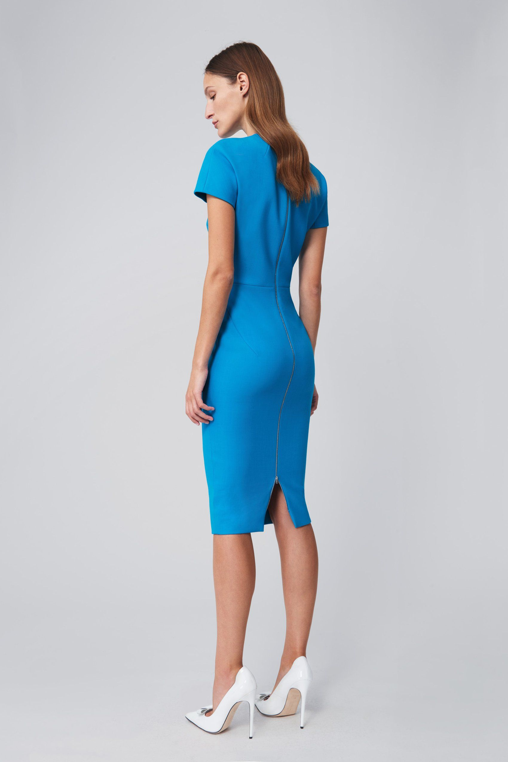 T Shirt Fitted Dress In Turquoise Victoria Beckham Fitted Dress Dresses Dresses For Work [ 2550 x 1700 Pixel ]