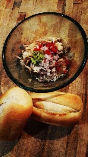 Lunch today: Makreel met Roze ui, madame jaenette, lente ui en zeezout. Yummmie
