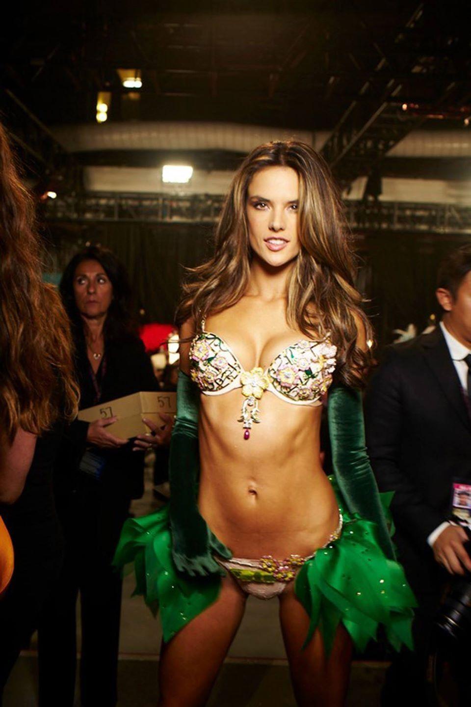 Secret victorias mexican models Victoria's Secret