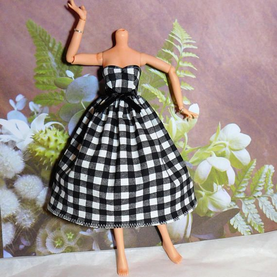 Descendants Doll Black and White Dress Plaid  Doll clothes