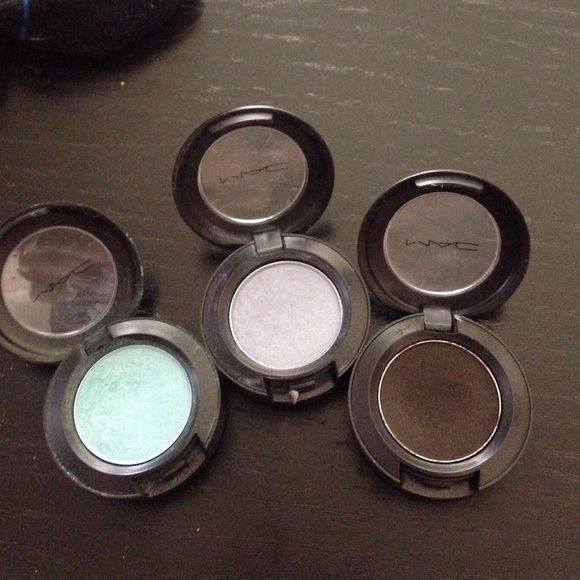 3 mac eyeshadows nwt eyeshadow mac cosmetics things to