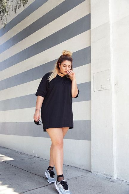 63916f0d3b Get Sporty With A T-Shirt Dress - Summer Roadtrip Outfit Ideas To Try -  Photos