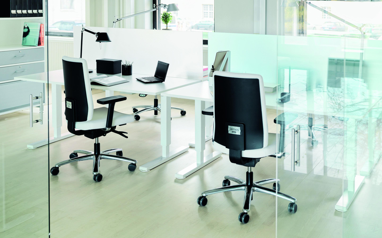 Kantoor Van Kapero : James martela james een bureaustoel van plan office ontworpen