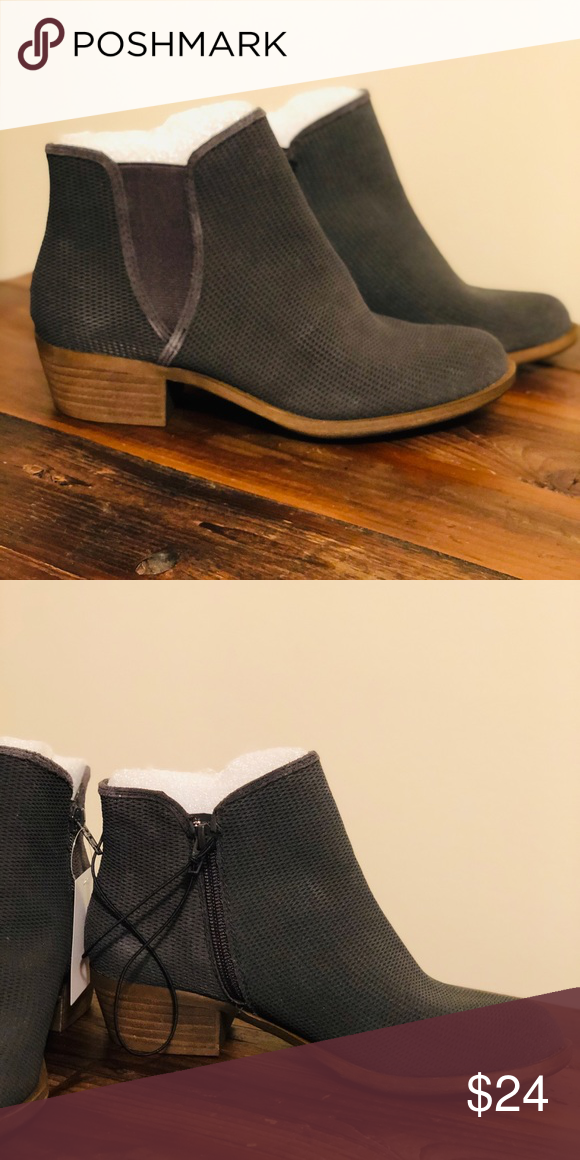 Gray Ankle Boot The Gerona bootie is