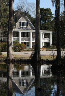 Discover an in-depth, insider look at Magnolia Plantation and Gardens in Charleston, SC.
