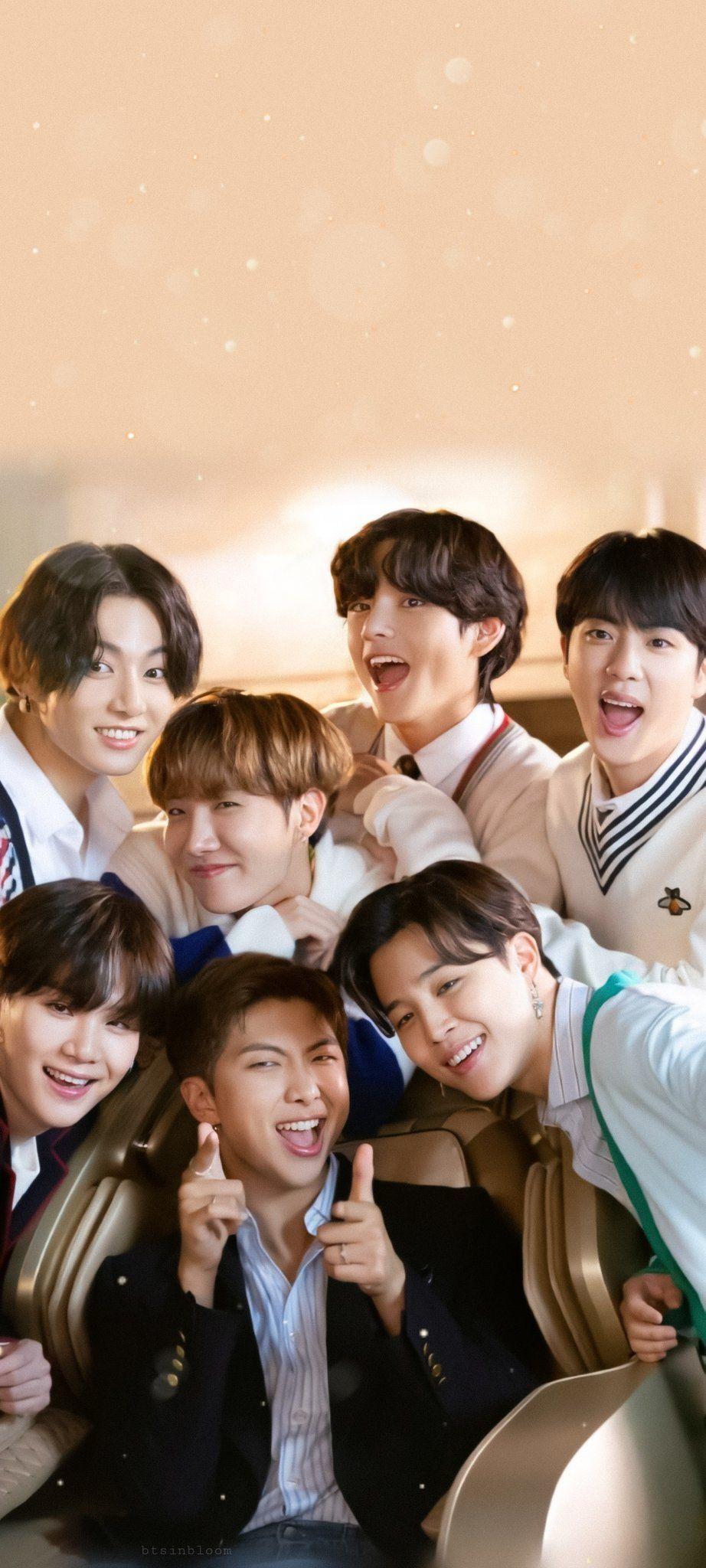 Foto BTS Wallpaper in 20   Foto bts, Bts beautiful, Bts wallpaper