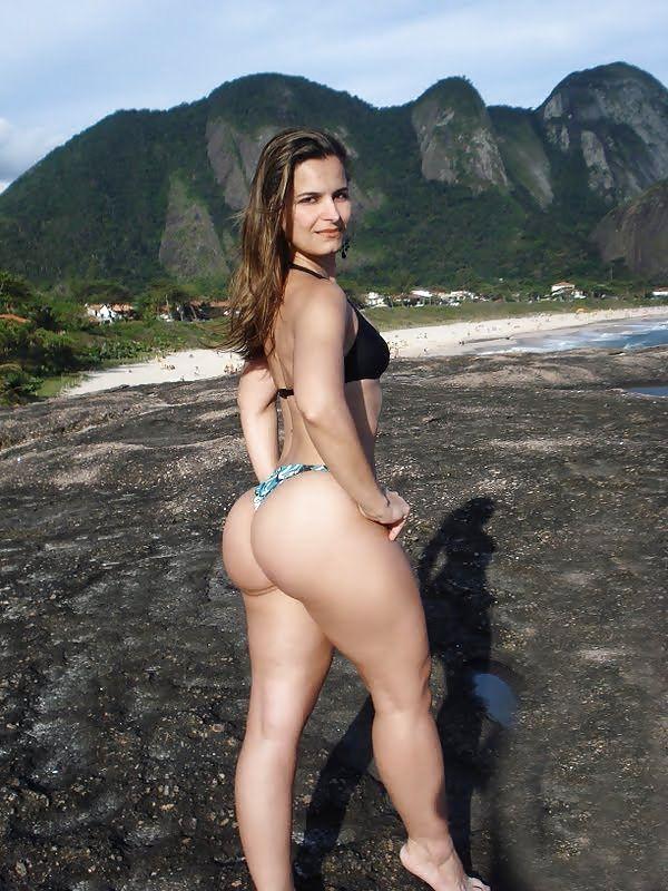 Beautiful curvy naked women tube