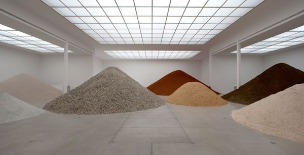 Lara Almarcegui, installation view: Construction Rubble of Secession's Main Hall, 2010, Photo: Wolfgang Thaler.