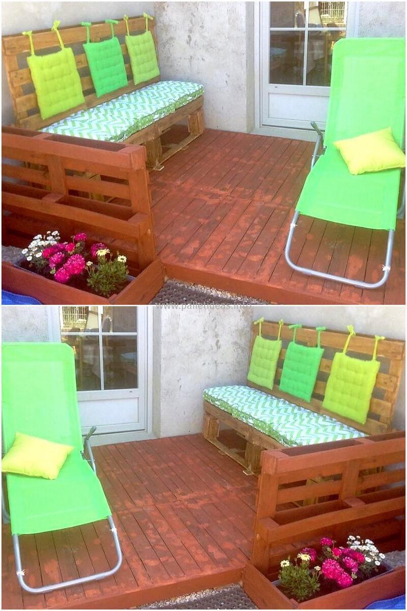 Terraza Para Paletas Con Sofá Y Jardinera Jardineras