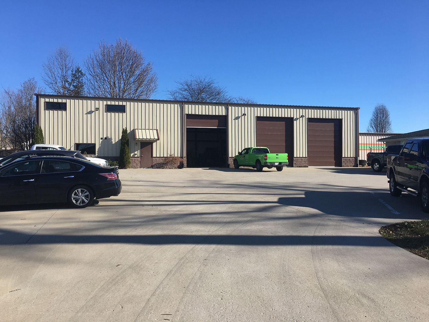 600 N Sage Rd White House Tn Warehouse Office Space Warehouse Office Front Office