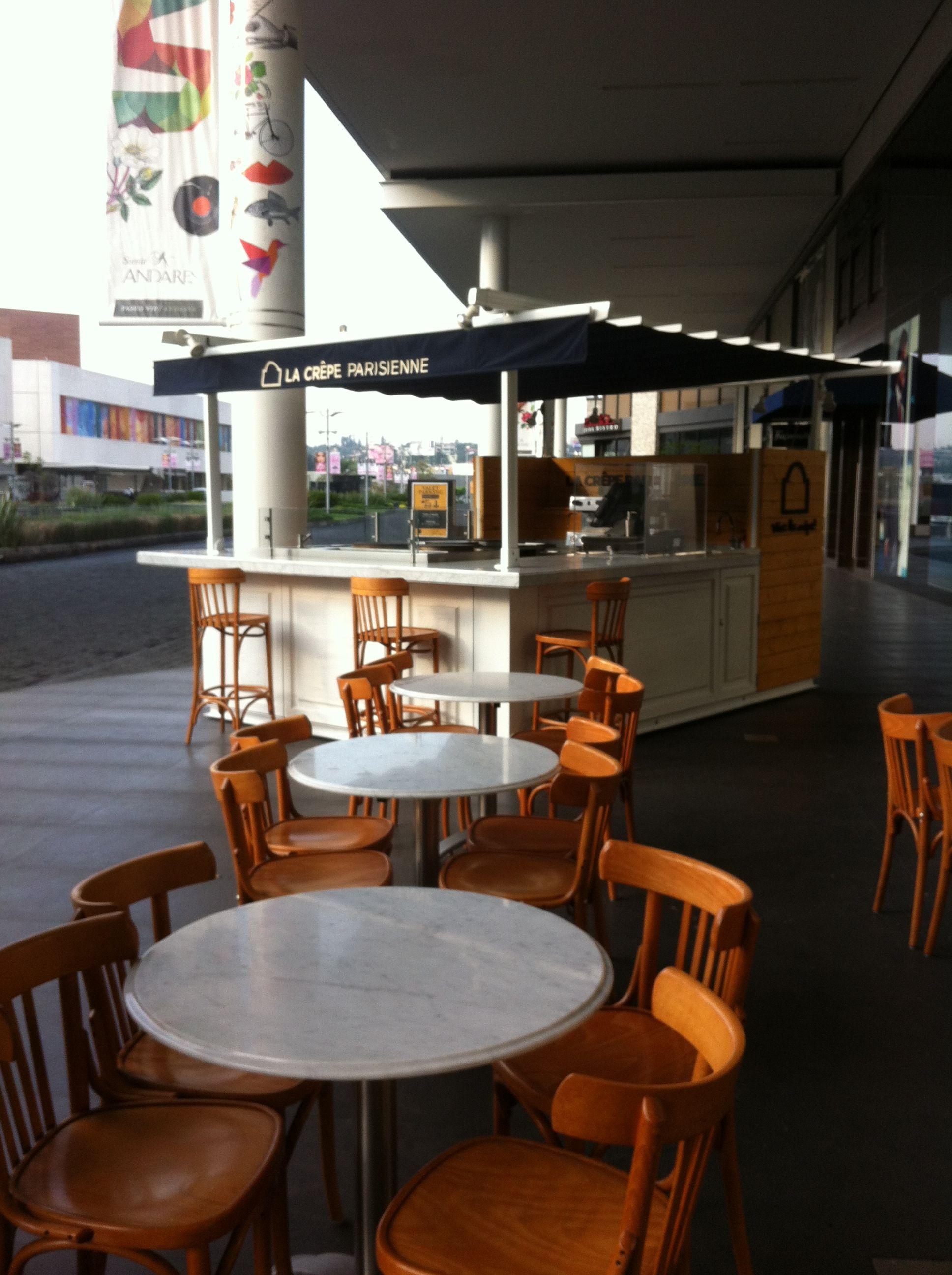 La Crepe Parisinne kiosk design in Andares Mall Guadalajara Jalisco