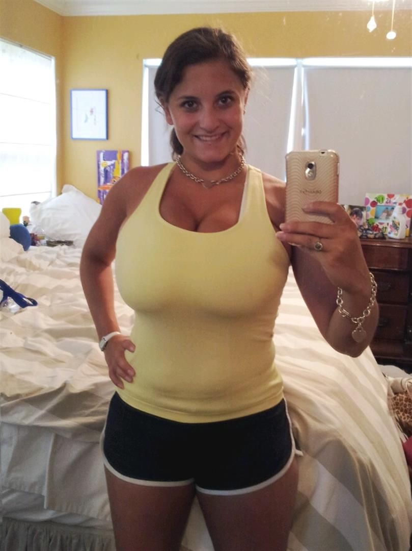 Mature mom big tits picture