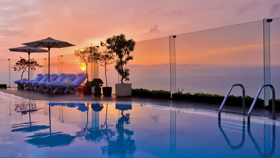 Miraflores Park Hotel Lima Modern Luxury Overlooking The Pacific Ocean