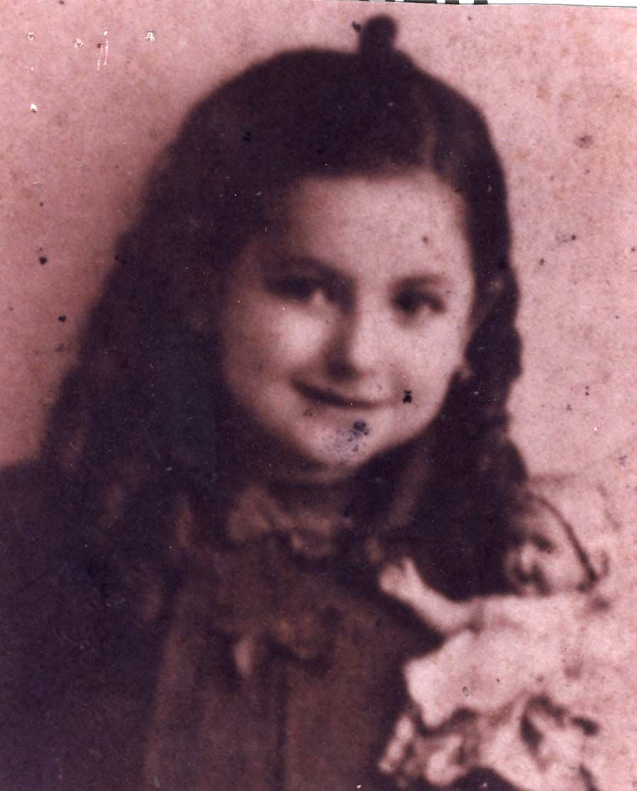 Central DB of Shoah Victims' Names - Record Details- Pearl Berkovici murdered in Auschwitz 1944.
