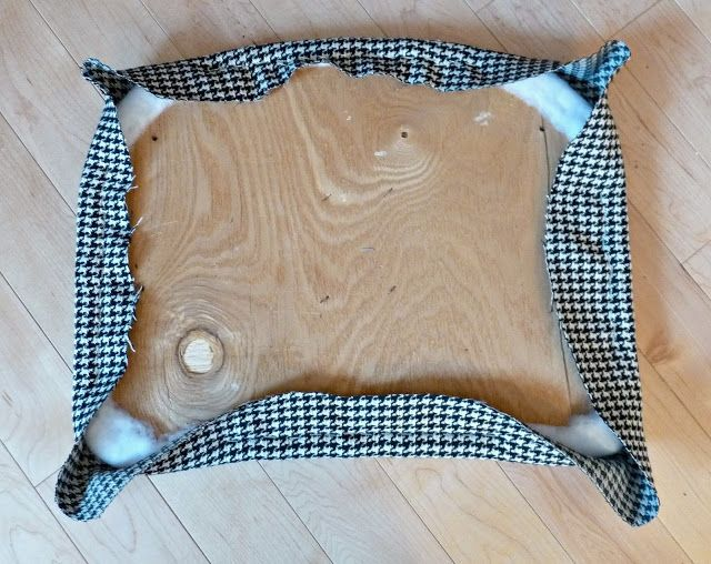 A Chair Affair at Dans le Townhouse - DIY Show Off ™ - DIY Decorating and Home Improvement Blog