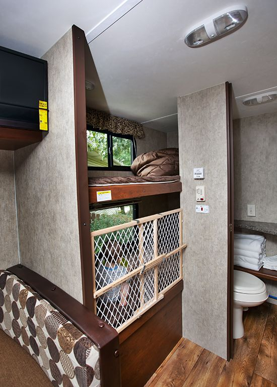 Bunk Beds In Passport Ultra Lite Trailer Rv Remodel