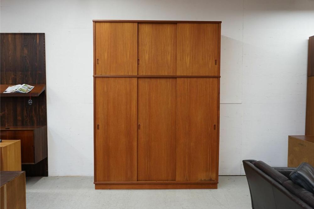Danish Modern 3 Door Teak Mid Century Wardrobe (312173
