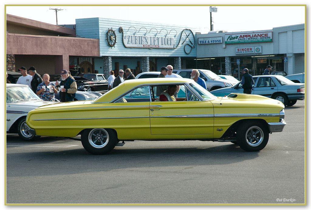 1964 Ford Galaxie yellow RH side Autos