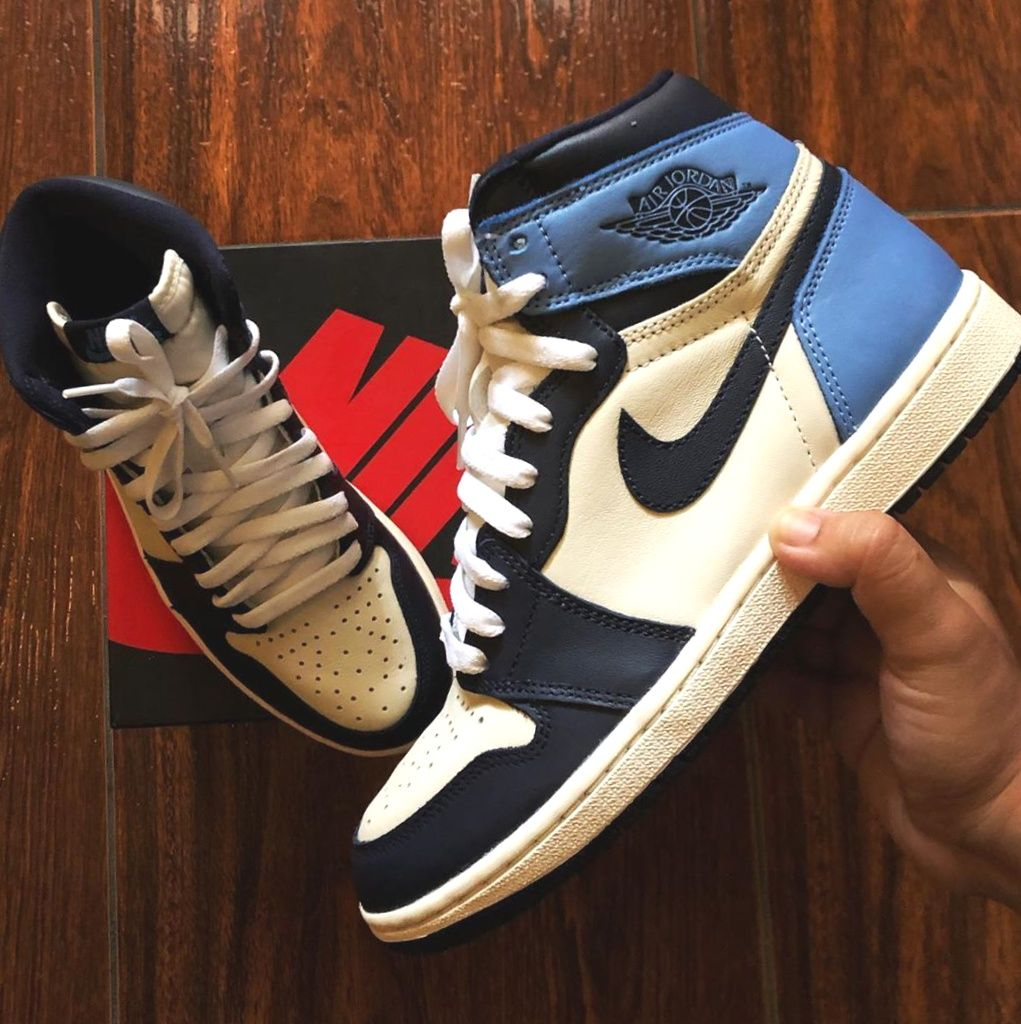 Jordan 1 Retro High Obsidian Unc Fashion Shoes 2020 Christmas Outifts Trends In 2020 Blue Basketball Shoes Nike Casual Shoes Air Jordans