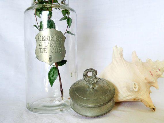 """Stunning Vintage Bottle """"Cerises à l'eau de vie"""" (""""Cherry Liqueur""""),Cork Stopper,Old Fish Sculpted Ornament,Made in France"""