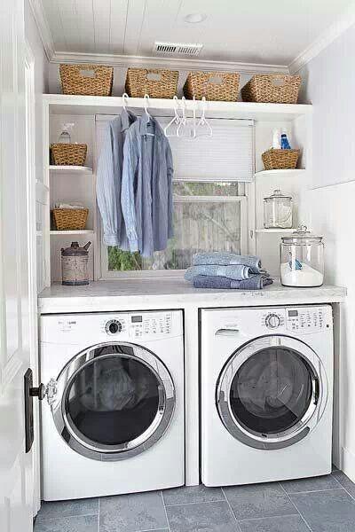 Peque o cuarto de lavado cuarto de la colada for Lavaderos modernos
