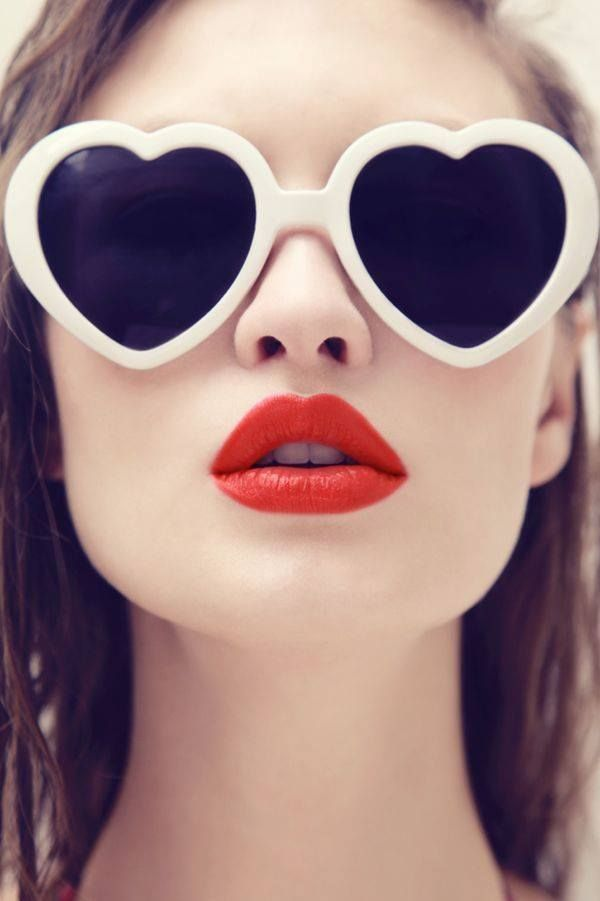 Heart Sunglasses And Red Lips In 2019 Fashion Heart Shaped