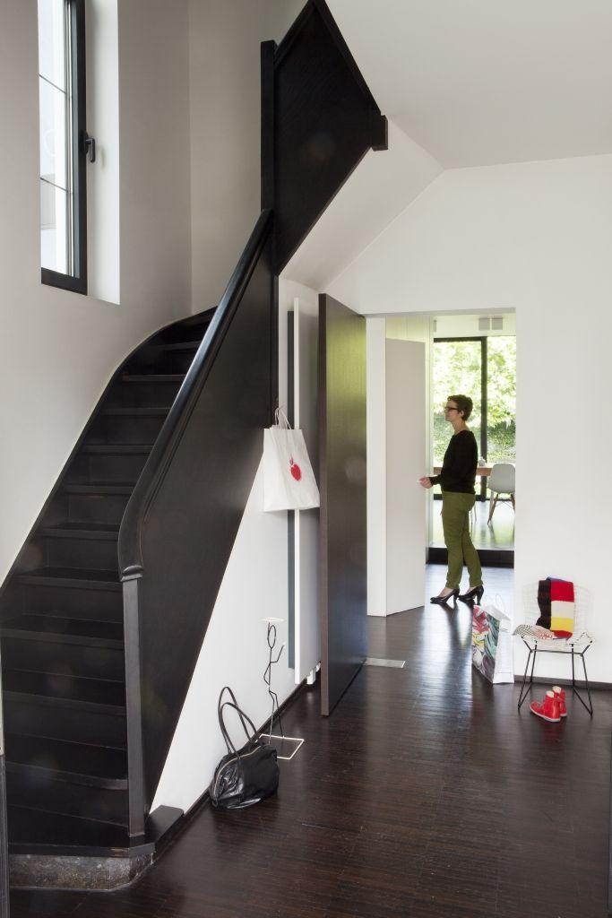 zwart wit  trap  House stairs Interior inspiration en