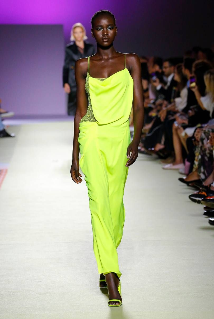 89ac8c275e Versace Spring/Summer 2019 Ready-to-Wear | Fall 2020 Trends ...