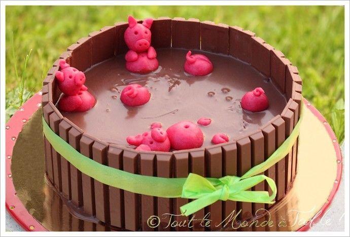 G teau 3d la piscine cochons tout le monde table gateau cake desserts et cupcakes - Papa cochon a la piscine ...