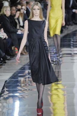 Valentino Pre-Fall 2015 Fashion Show: Runway Review - Style.com