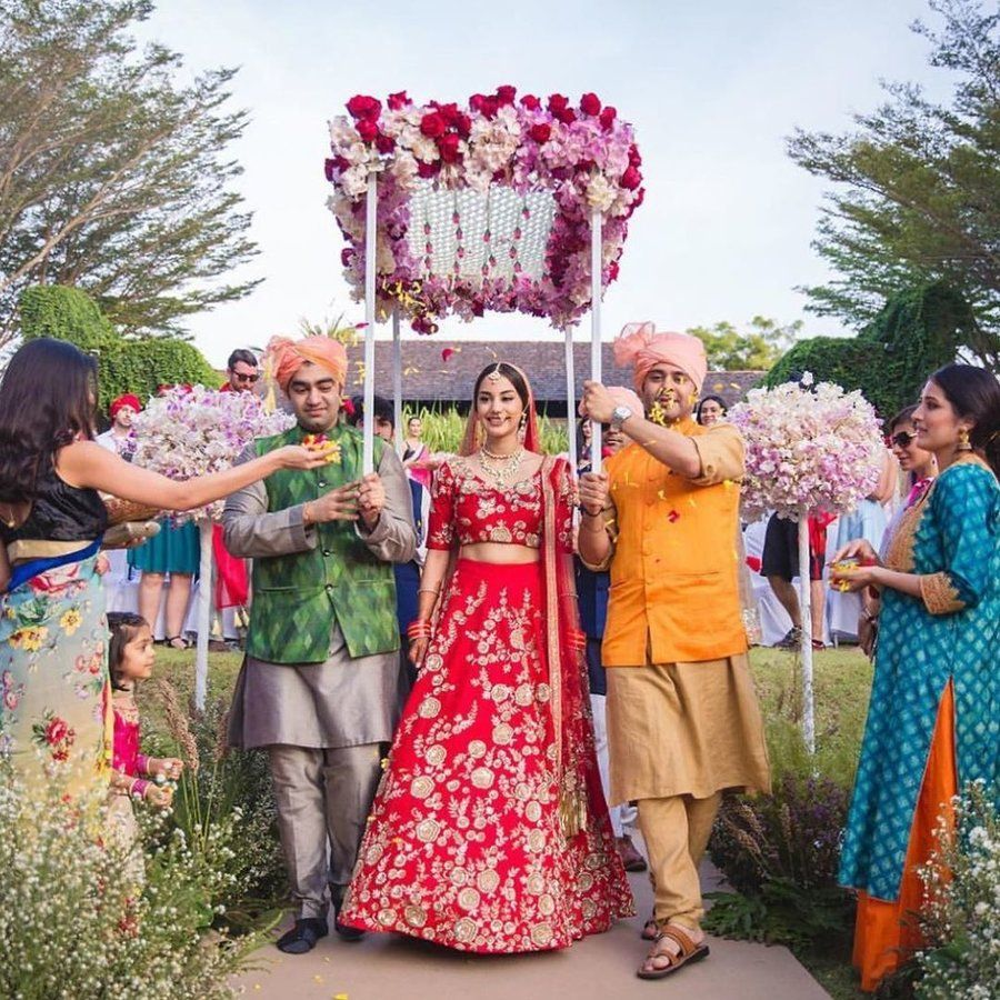 13 New And Quirky Bridal Entry Ideas Bride Entry Bride Wedding Bride