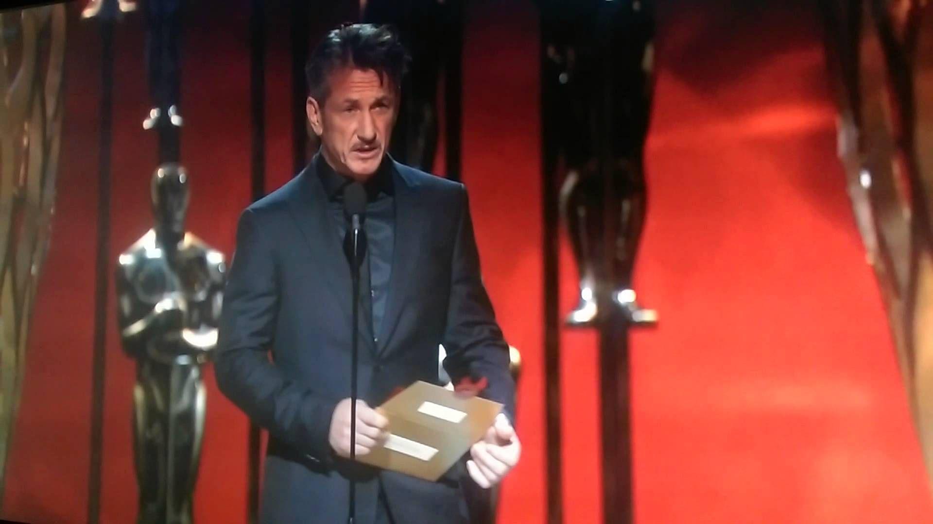 [POS Racist fake!]    Sean Penn's Oscar Fail