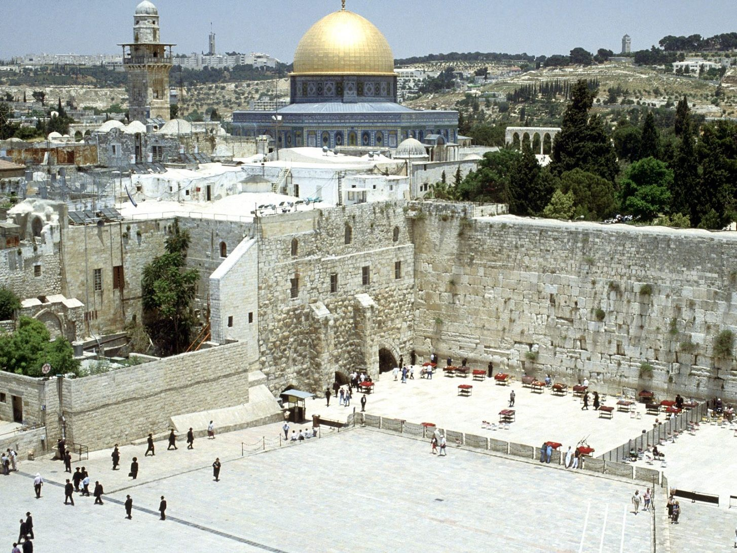 Jerusalem, Israel. Land of my birth. Land that mesmerizes me, that I miss, that I love. I'll come back one day.