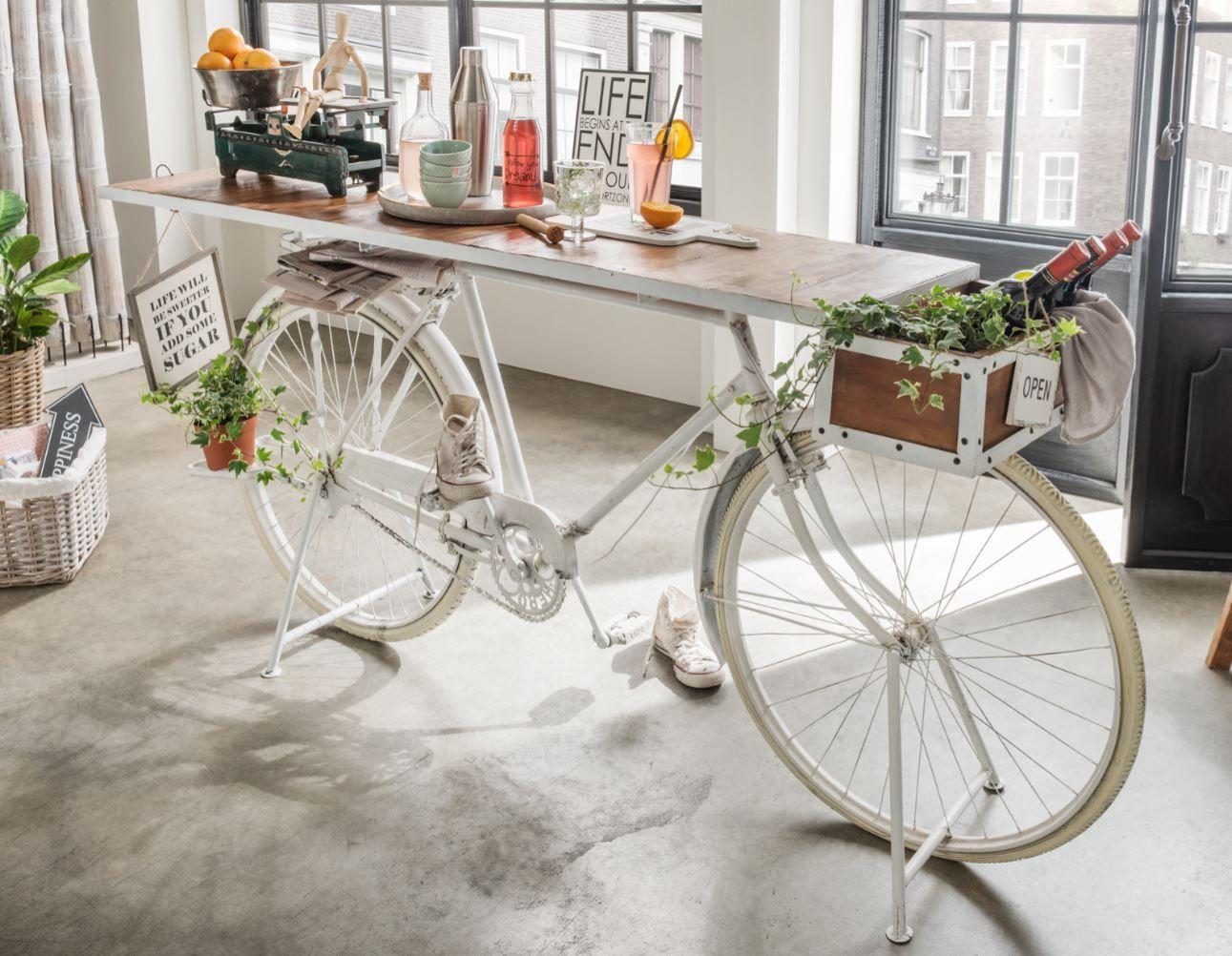 deko fahrrad auto m bel pinterest einrichtungsideen fahrr der und tisch. Black Bedroom Furniture Sets. Home Design Ideas