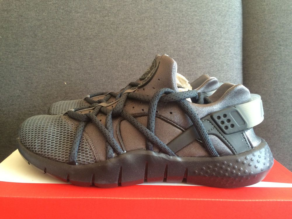 705159-005 Nike Huarache NM GREY CHARCOAL DS RARE OREO ANTHRACITE