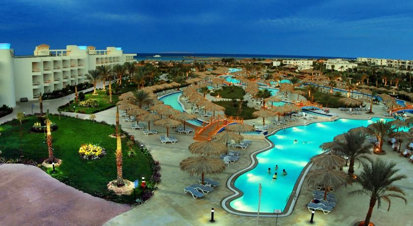Hilton Hurghada Long Beach Resort This Property Is 6 Minutes Walk From The Beach With Its Private Beach Overloo Long Beach Resort Resort Architecture Hurghada