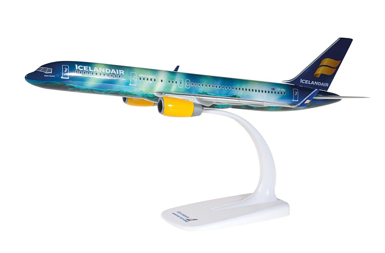 Boeing 757-200 Icelandair Hekla Aurora Northern Lights Herpa Model Scale 1:200 G