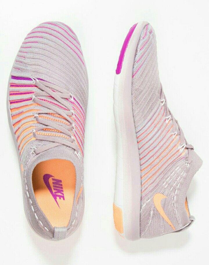 Nike free transform flyknit plum fog peach cream