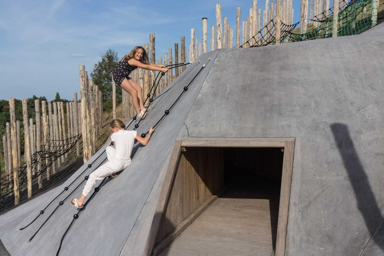 Gallery of 18 Cool Examples of Architecture for Kids – 32