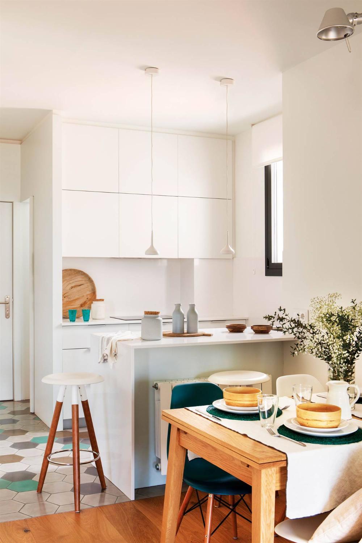 16 Cocinas Reales De Menos De 10 M2 Con Plano En 2021 Organizar Cocinas Pequenas Decoracion De Cocina Como Organizar Cocinas Pequenas