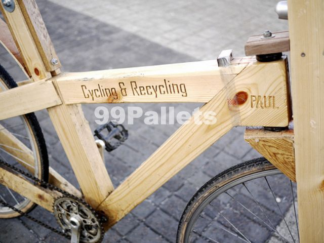 Bicycle made out of Pallets | Useful home gadgets