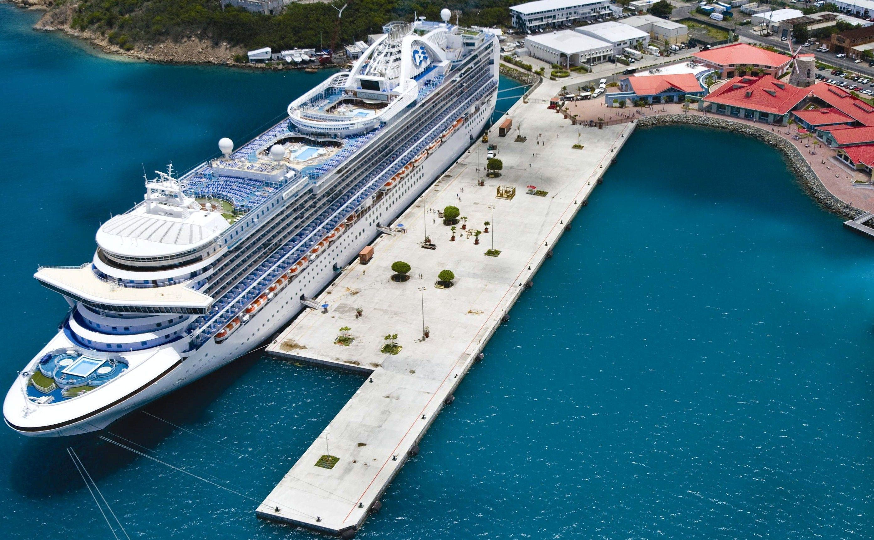 Crown Bay Dock St. Thomas... US Virgin Islands. Downtown ...